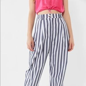 New no tag  URBAN OUTFITTERS PANTS size 2